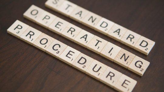 En quoi consiste la gestion de procédures d'un chantier ?